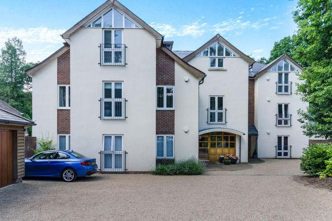 Thumbnail Property for sale in Chilworth Lakes, Pine Way, Chilworth, Southampton