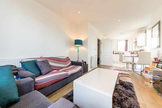 Thumbnail Flat to rent in Ravenscroft Court, Essian Street, London
