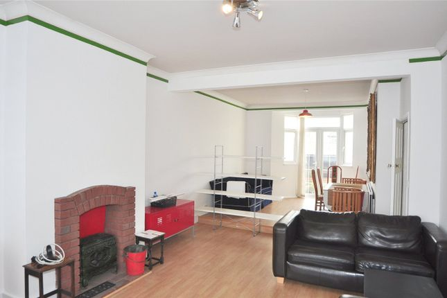 Thumbnail End terrace house to rent in Hawthorn Avenue, London