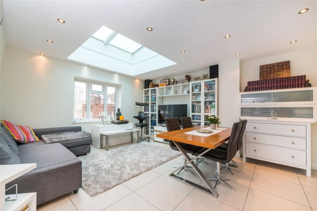 Thumbnail Property for sale in Goodge Street, London