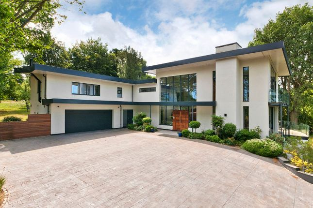 Thumbnail Detached house for sale in Rosecroft Park, Farnham Lane, Langton Green, Tunbridge Wells