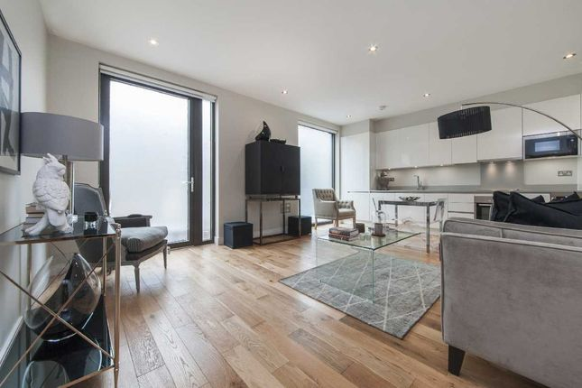 Thumbnail Flat for sale in Elgin Avenue, London, Maida Vale