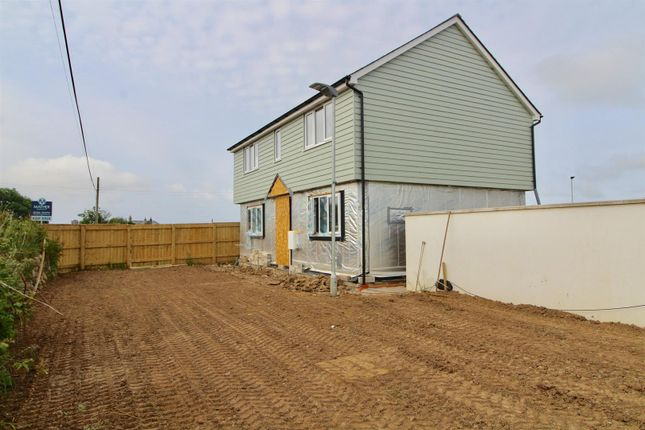 Thumbnail Detached house for sale in Plovers Field, Crowntown, Helston