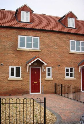 Thumbnail Town house to rent in Waggoners Close, Scotter, Gainsborough