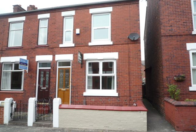 Thumbnail Semi-detached house to rent in Toronto Road, Stockport