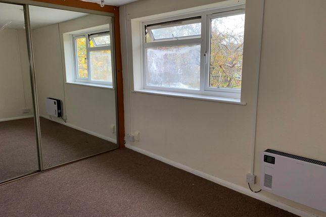 Thumbnail Flat to rent in Drayton Avenue, Stratford-Upon-Avon