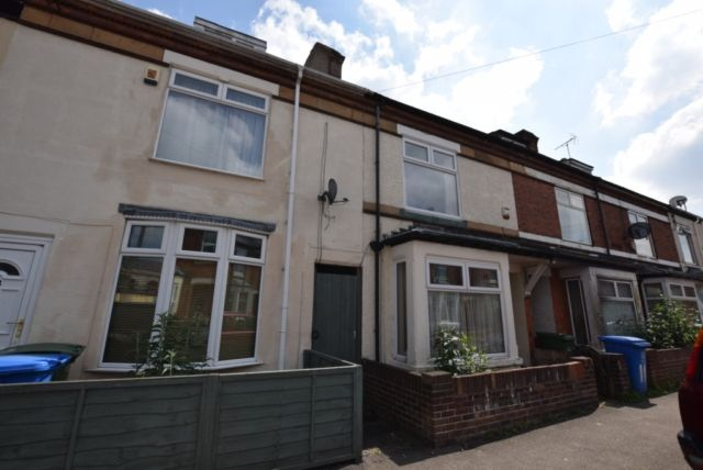 Thumbnail Terraced house to rent in Burns Street, Mansfield