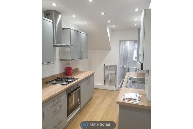 2 bed flat to rent in Morris Street, Birtley, Chester Le Street DH3