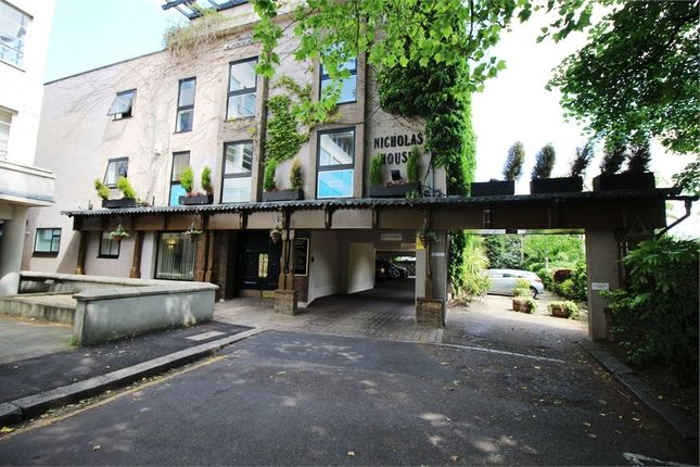 Commercial property to let in River Front, Enfield, Greater London