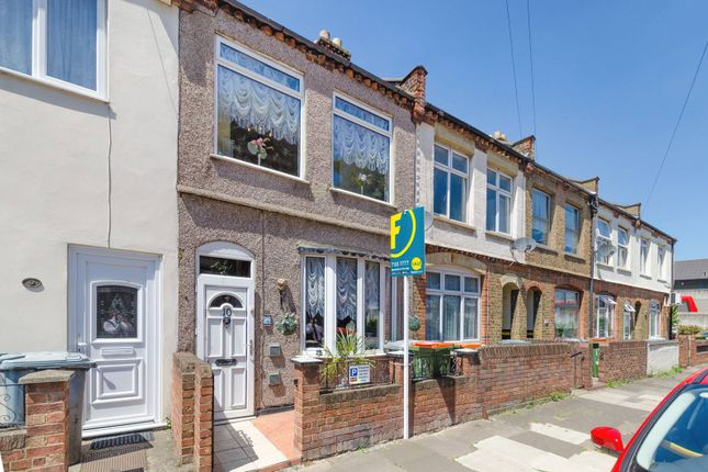 Thumbnail Terraced house to rent in Grenadier Street, Silvertown
