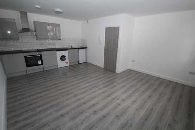 Thumbnail Flat to rent in Apt 2, Smith Street, Rochdale