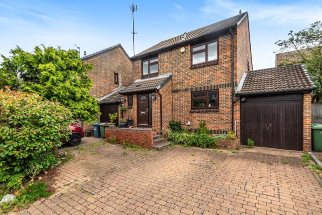 Thumbnail Detached house to rent in Caddis Close, Stanmore
