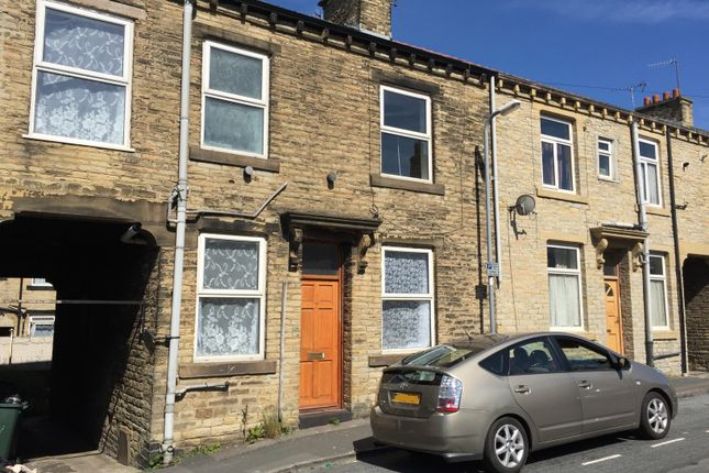 Thumbnail Terraced house to rent in Gathorne St, Great Horton, Bradford