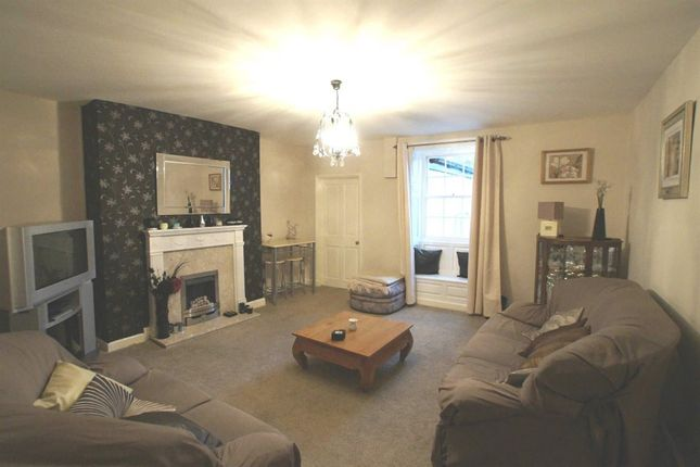 Thumbnail Property to rent in Cross Street, Whitehaven
