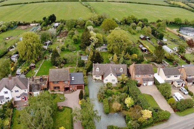 Thumbnail Detached house for sale in Shinehill Lane, Evesham