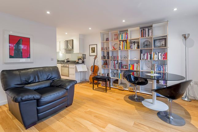 Thumbnail Property to rent in Warwick Avenue, Maida Vale, London