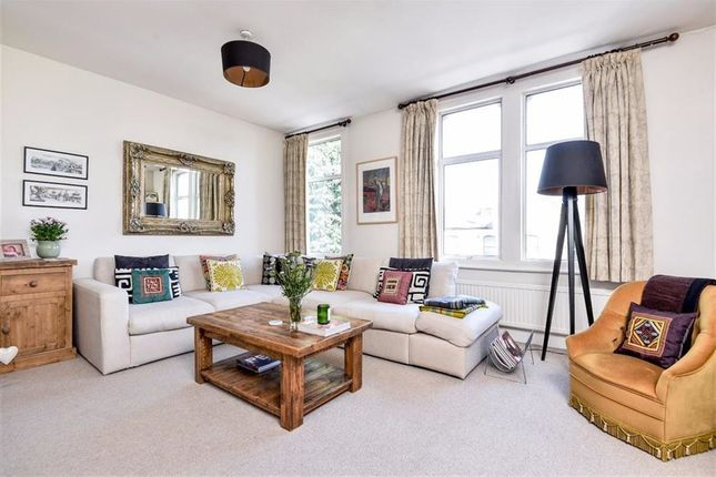 Thumbnail Flat for sale in Rossiter Road, London