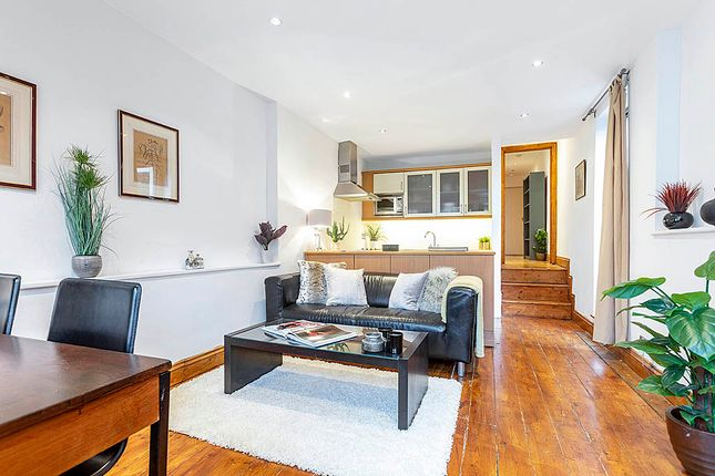 Thumbnail Flat to rent in Linden Gardens, Notting Hill Gate