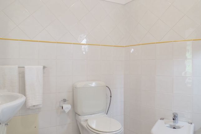 Ensuite Bathroom of Alvor, Portimão, Portugal