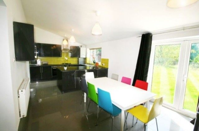 Thumbnail Property to rent in Hartswood Road, Withington, Manchester