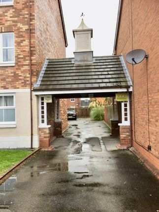 Parking Entrance of Mallyan Close, Hull HU8