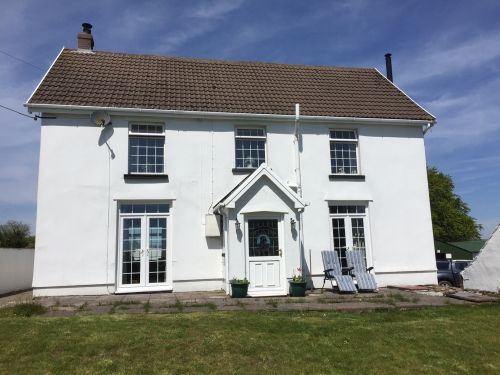 Thumbnail Detached house for sale in Hengoed, Mid Glamorgan