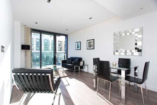 Thumbnail Flat to rent in Goodmans Fields, Satin House, Aldgate