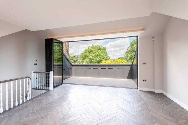 Triplex to rent in Primrose Gardens, Belsize Park, London