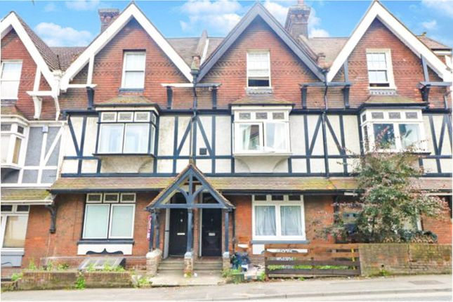 Thumbnail Flat to rent in 13 London Road, Rochester