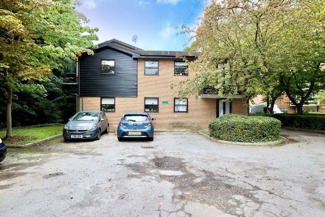 1 bed flat for sale in 661 - 663 High Road, Buckhurst Hill IG9