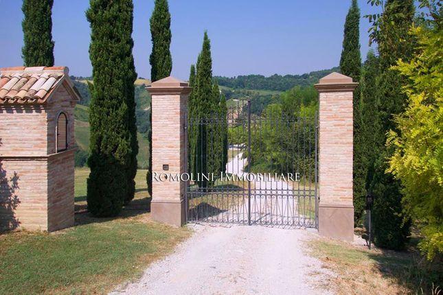 Villa With Spa And Pool For Sale Marche, Pesaro Urbino