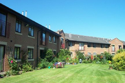 Thumbnail Flat to rent in Hallfield Court, Freemans Way, Wetherby