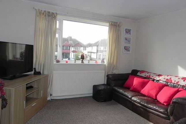 Thumbnail Flat to rent in 112A Tamworth Road, Two Gates, Tamworth, Staffordshire