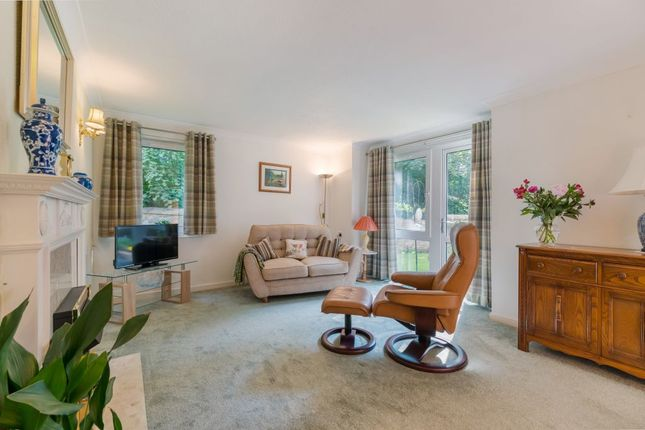 Thumbnail Property for sale in 16-7, Queens Court, Edinburgh
