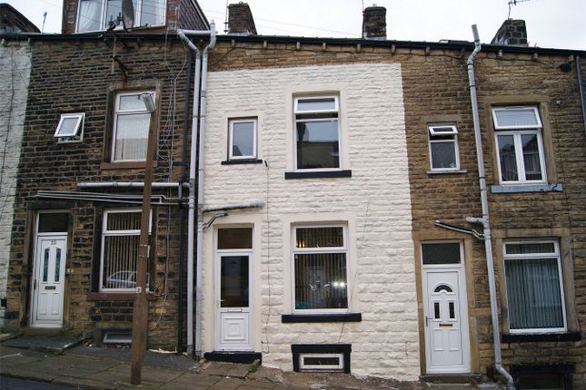 3 bed terraced house for sale in paget street keighley for Modern house zoopla