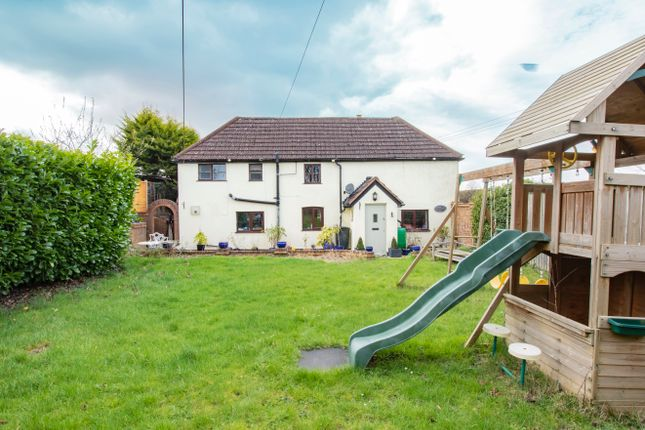 Thumbnail Detached house for sale in Andover Road, Oakley, Basingstoke