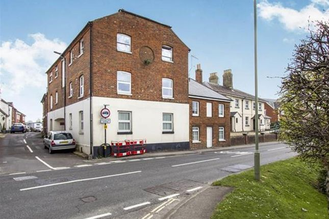 Thumbnail Flat to rent in Christchurch Road, Ringwood