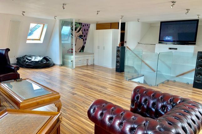 Thumbnail Flat to rent in Regent Park, Finchley Central