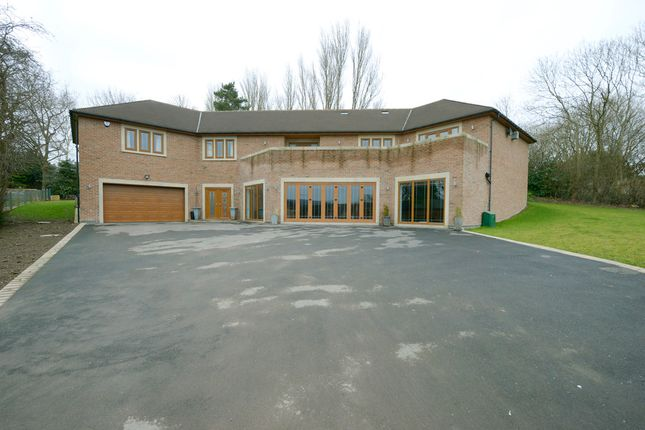 Thumbnail Detached house for sale in Langer Lane, Chesterfield