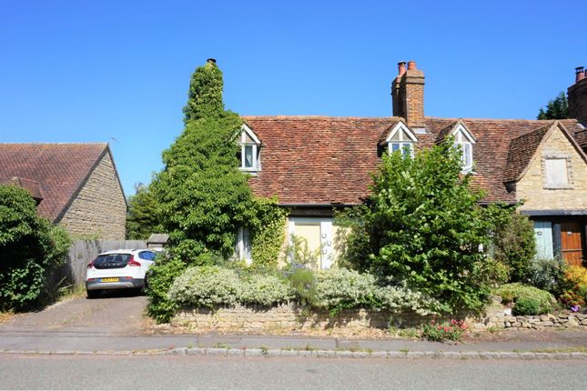 Thumbnail Cottage For Sale In Shenley Church End Village Milton Keynes