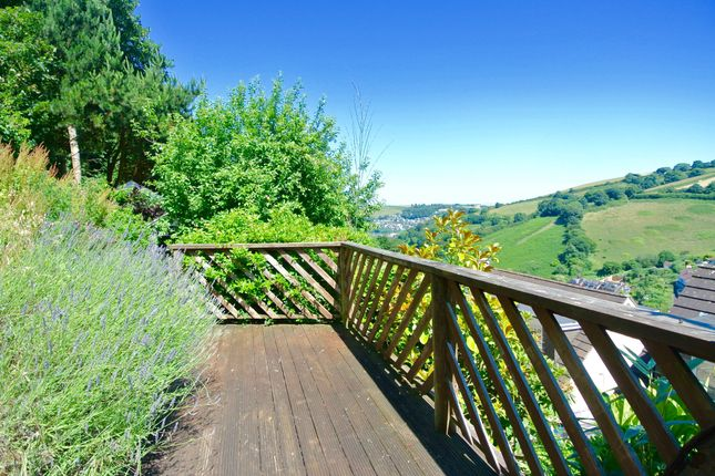 Thumbnail Detached house for sale in Higher Broad Park, Dartmouth, Devon