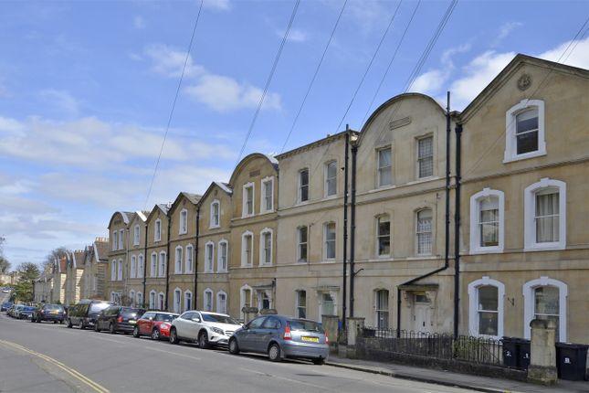 1 bed flat for sale in Garden Apartment, 7 Belgrave Terrace, Bath