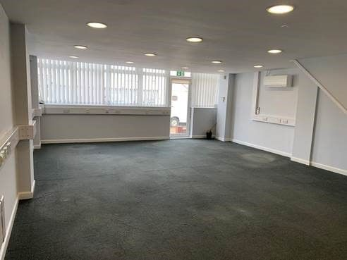 Thumbnail Retail premises to let in First Avenue, Bletchley