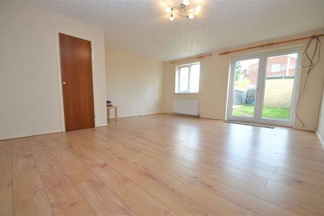 Thumbnail Property to rent in Thorpland Avenue, Ickenham