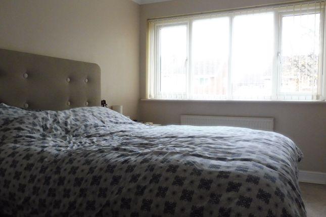 Bedroom One of Hoylake Drive, Swinton S64