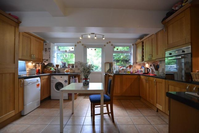 Thumbnail Property for sale in High Road Leyton, London