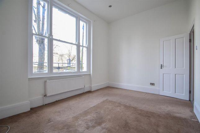 Bedroom of Mildmay Grove South, London N1