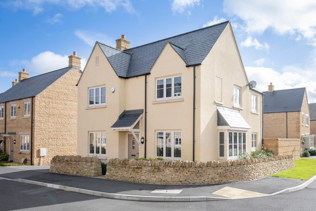 Thumbnail Detached house for sale in Swallow Road, Bourton-On-The-Water, Cheltenham