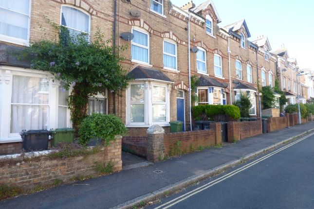 Thumbnail Flat to rent in Raleigh Road, St. Leonards, Exeter