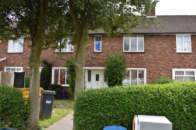 Thumbnail Semi-detached house to rent in Ringway, Southall